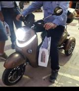 Ηλεκτρικά scooter με μπαταρία