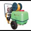 A ψεκαστικο συγκροτημα 100lt PLUS OS 100 B30 βενζίνης με βυτιο. 40 bar 46lt/λεπτο 6,5hp τετράχρονο κινητήρα. Με ανεμη.μανικα στριφτη.λαστιχο 50m. Με ρόδες.  Στιβαρό και συμπαγές συγκρότημα Πολύ βολικό, άνετο και εύκολο στη χρήση του. Στιβαροί μεγάλη τροχο